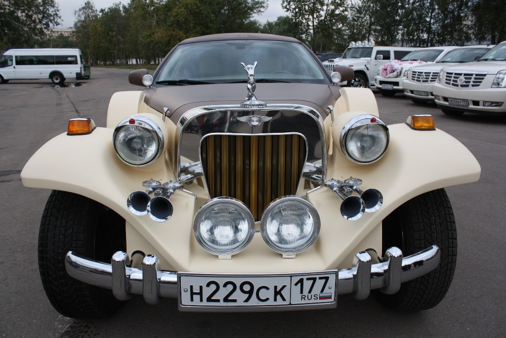 Прокат Excalibur Phantom с водителем