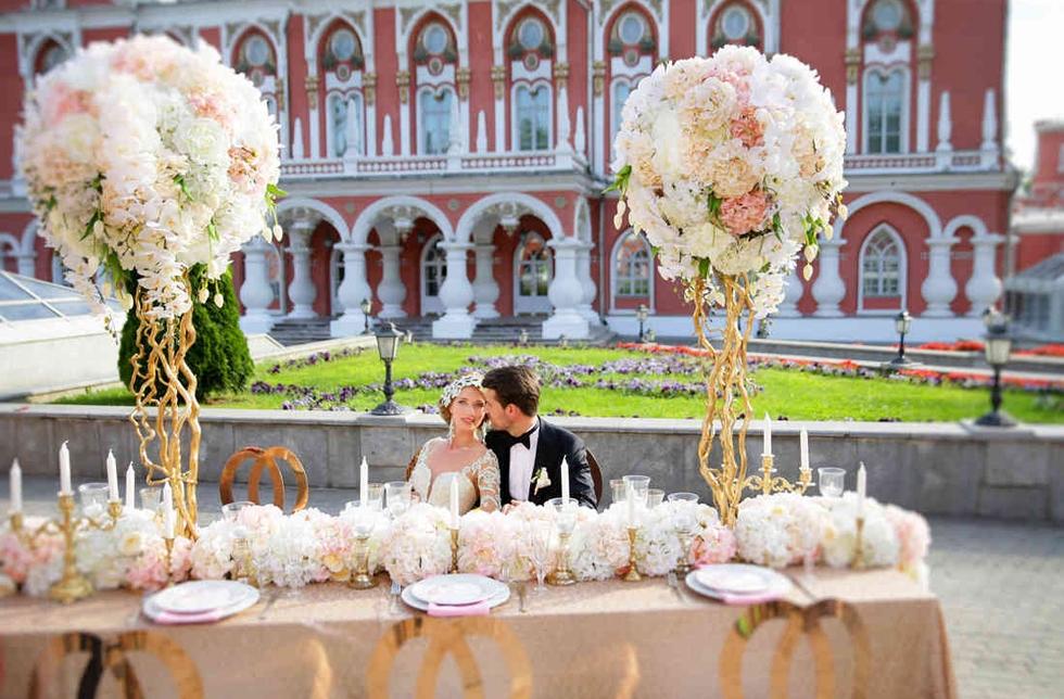 istra-svadebnie-buketi-pri-dvortse-1-zakaz-sankt-peterburg